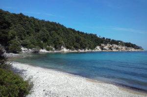 strand alonissos